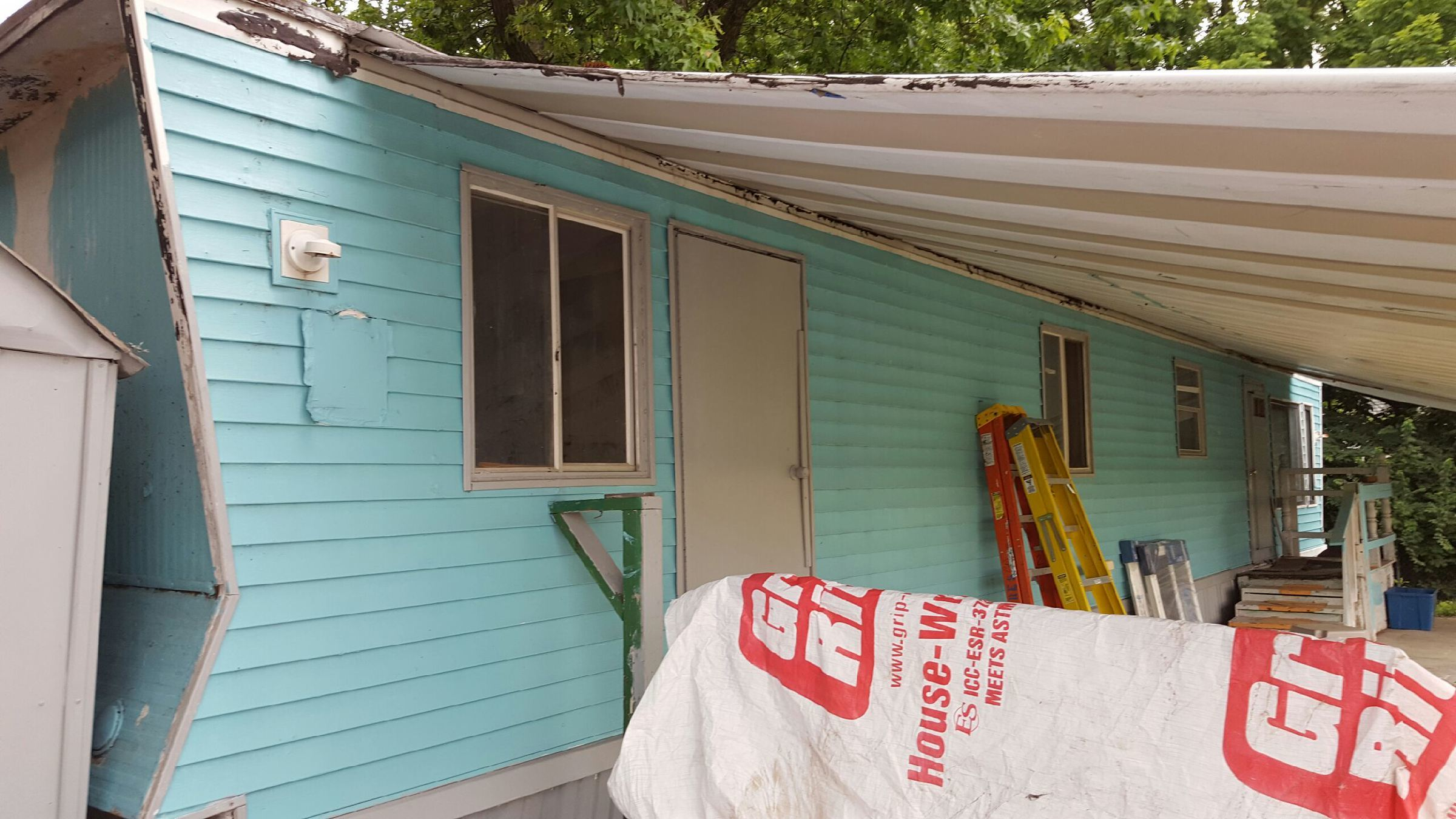Putting Vinyl Siding On An Old Home Mobile Home